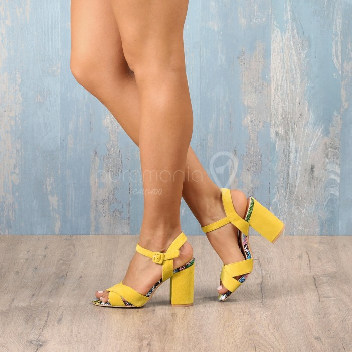 Sandália ANABELLE Amarelo