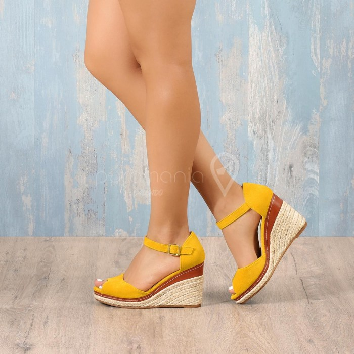 Sandália CHELSEA Amarelo