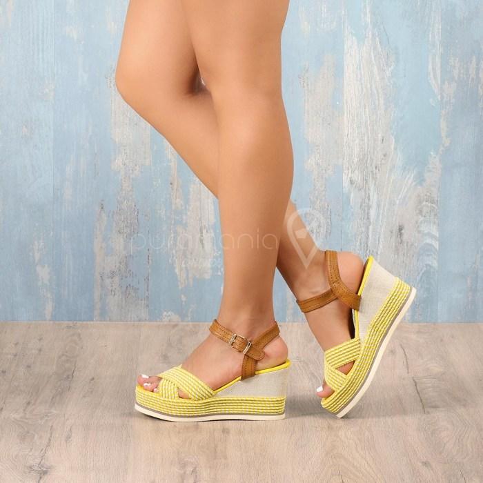 Sandália YOUNG Amarelo