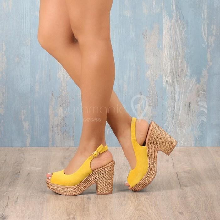 Sandália TRIBES Amarelo