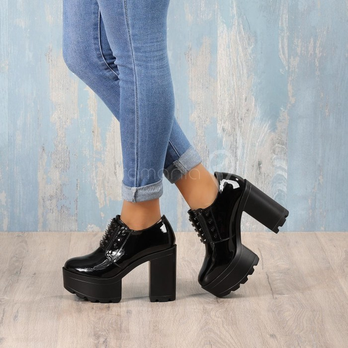 Sapato DEHLI Preto
